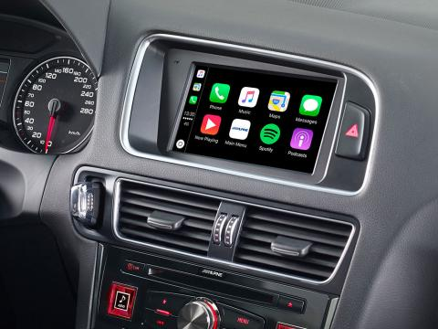 Audi-Q5-Navigation-System-X702D-Q5-with-Apple-CarPlay