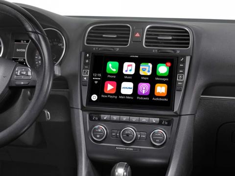 VW-Golf-6-Mobile-Media-System-i902D-G6-with-Apple-CarPlay